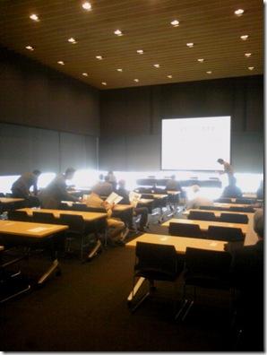 日本ガラス工芸学会第35回総会 直前の様子