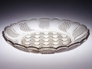 企画展「一瞬のきらめき まぼろしの薩摩切子」 薩摩切子 大皿