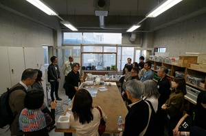 日本ガラス工芸学会2016年度大会多摩美ガラス工房見学